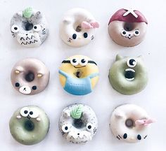 Adorable japanese donuts donots em 2019 десерты, пончики e е Fancy Donuts, Cute Donuts, Baked Donuts, Doughnuts, Delicious Donuts, Delicious Desserts, Japanese Donuts, Donut Images, Macaroon Cake