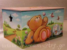 Ζωγραφική σε κουτί βάπτισης με τα αγαπημένα μας forever friends