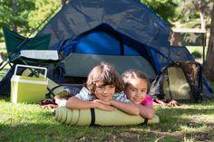 Acampar ajuda crianças a irem melhor na escola indica estudo