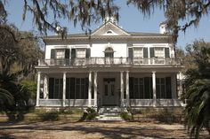 466 best old southern homes images in 2019 plantation houses rh pinterest com