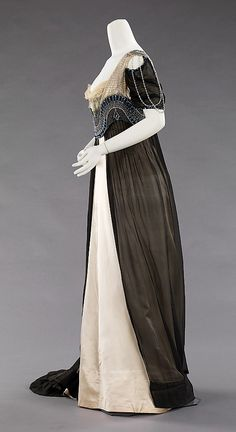Evening dress House of Worth (French, 1858–1956) Designer: Attributed to Jean-Philippe Worth (French, 1856–1926) Designer: Attributed to Jean-Charles Worth (French, 1881–1962) Date: 1909–11 Culture: French Medium: silk, metal, glass. Sideway