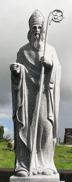 A statue of Saint Patrick at a church he founded in Aghagower, County Mayo, Ireland. Saint Patrick, Highlands, Dublin, Monuments, County Mayo, Erin Go Bragh, Irish Eyes Are Smiling, Irish Blessing, Irish Celtic