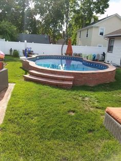 Oberirdischer Pool Above ground pool Check more at Garten. Small Backyard Pools, Backyard Pool Landscaping, Backyard Patio Designs, Small Pools, Swimming Pools Backyard, Swimming Pool Designs, Landscaping Ideas, Patio Ideas, Backyard Ideas