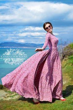 Pure fashion by Katerina Dorokhova Spring / Summer 2015 - Modesty ona nada level - Modest Fashion Modest Dresses, Modest Outfits, Modest Fashion, Elegant Dresses, Fashion Dresses, Summer Dresses, Dress Skirt, Dress Up, Vintage Outfits