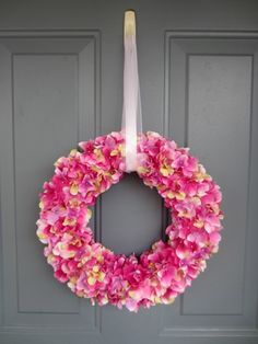 Since spring is bound to arrive in Ohio eventually, my front door is prepared with a lovely spring wreath! There was a wreath on our door when we moved in and I have always left it up even though I...