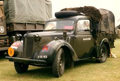 British Army Austin Pick up. Austin Cars, Army Vehicles, Vintage Vans, Military Equipment, Commercial Vehicle, Automobile, Police, British Army, Cool Trucks