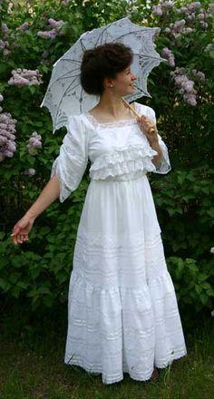 White Batiste Dress By Recollections Edwardian Fashion, Vintage Fashion, Edwardian Style, Temple Dress, Elegant Fashion Wear, Garden Dress, 20th Century Fashion, Bridal Gowns, Wedding Dresses