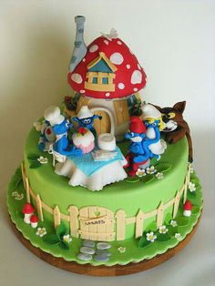 The Smurfs! What a great cake.  I want one!