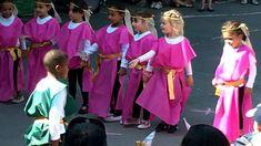 """Spectacle de fin d'année 2012 / 2013 école maternelle les Semailles, sujet """"le Moyen Age dansé"""""""