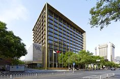 A/N Blog . Adrian Smith + Gordon Gill Bronze The Waldorf Astoria Beijing