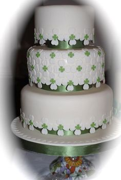 Irish Wedding Cake Live in Chicago or Chicago suburbs? Want some live Irish traditional music for your special day? Comment here on this post!