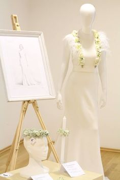 ✿ Flower Arrangements, White Dress, Victorian, Flowers, Dresses, Fashion, Vestidos, Moda, Floral Arrangements