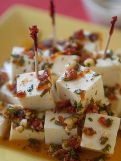 Queso panela marinado - Act Tutorial and Ideas Cheese Recipes, Appetizer Recipes, Dessert Recipes, Appetizers, Cooking Recipes, Desserts, Tapas, Queso Panela, Bruchetta