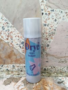 Drye Foot & shoes Deodorant Spray Disinfectant. By HELLO HEEL 65 ml. #OzoneFriendly