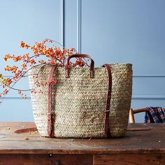 Winter produce is heavy. Give your arms a break with this market tote. #woven #market #produce
