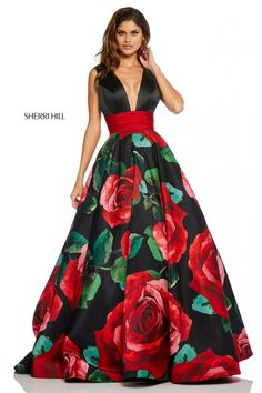 Sherri Hill - 52898 V-Neck Long Black Dress – Couture Candy Sherri Hill Prom Dresses, Prom Dress Stores, Pretty Dresses, Beautiful Dresses, Buy Dress, Dress Up, Moda Floral, Vetement Fashion, Evening Dresses