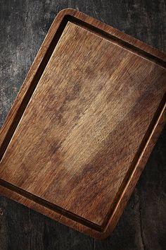 cutting board Food Graphic Design, Food Menu Design, Food Poster Design, Food Background Wallpapers, Food Backgrounds, Wallpaper Backgrounds, Photoshop Design, Photo Food, Wooden Chopping Boards