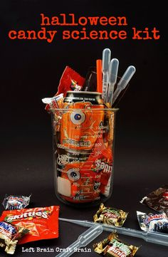 Give someone the gift of science on Halloween with this sweet fun candy science kit. #BooitForward