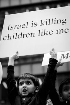 israel is killing like me Heiliges Land, Protest Signs, Protest Posters, Apartheid, Postive Quotes, Think, Islamic Inspirational Quotes, Human Rights, Equality