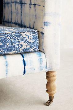 All things Indigo Hand-Dyed Shibori Sofa - Hand-Dyed Shibori Sofa - Shibori, Sofa Furniture, Furniture Design, Decoracion Vintage Chic, Home Decor Accessories, Cheap Home Decor, Interior Inspiration, Interior Ideas, Home Remodeling