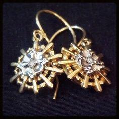 Diamond Gold Drop Earrings | 14K Bicolor Vintage | Dangle French Wire #VIntageTreasures #ElegantJewelry $299 http://www.rubylane.com/item/918511-GN353/Diamond-Gold-Drop-Earrings-x7c