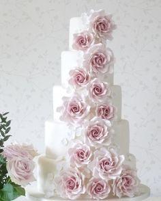 Wedding cake idea; Featured Cake: Rachelle's Cakes