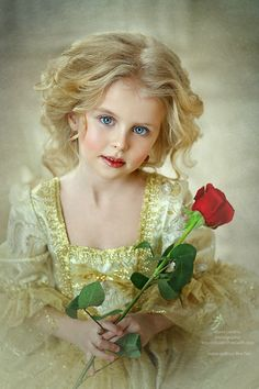 Beautiful child, wonderful photograph!