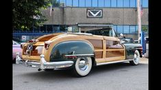 1947 Chrysler Town and Country Convertible: rara/bellissima/introvabile/ Chrysler Town And Country, I Love America, Convertible, Antique Cars, Antiques, Vehicles, Vintage Cars, Antiquities, Infinity Dress