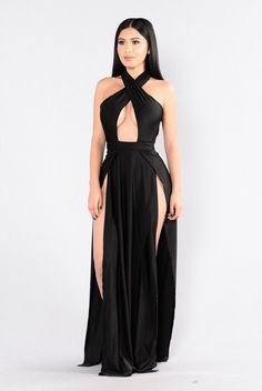 Trendy fashion nova dress outfits plus size ideas Halter Maxi Dresses, Sexy Dresses, Dress Outfits, Fashion Dresses, Strapless Maxi, Nova Dresses, Sexy Outfits, Formal Dresses, Fashion Nova Plus Size