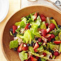 Triple Berry Salad...  For recipe vist: www.facebook.com/theteadetox ww.teadetox.com