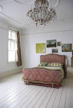 white painted floorboards stylemummy.com