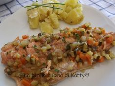La buona cucina di Katty: Filetti di trota salmonata in carpione con brunoise di primavera e patate ai ciopollotti con maionese
