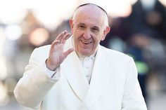 Pope Francis on Saturday called on Italian judges to better society through their work, emphasizing the virtue of justice in building a healthy public life. Catholic News, Roman Catholic, Pope John, Pope Francis, Canon Law, Jumping To Conclusions, Catechist, The Rite, Ministry