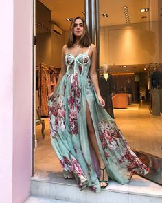 Party Fashion, Girl Fashion, Fashion Outfits, Fashion Ideas, Fashion Tips, Blue Dresses, Prom Dresses, Formal Dresses, Casual Summer Outfits For Women