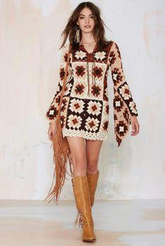 crochelinhasagulhas: Vestido em crochê com square