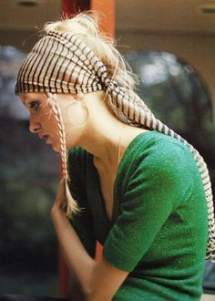 Twiggy in green. I love love love green and I'd totally rock a head scarf like that sans the braid.