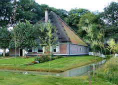Stolpboerderij (1745) uit Zuid-Scharwoude in het Openlucht museum in Arnhem.