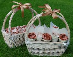 Real Flower Petal Confetti, Wedding baskets, flower girl, bridesmaidshttp://www.confettidirect.co.uk/Baskets.html