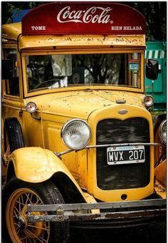 Vintage Coca Cola truck from the 30s (Camión antiguo de Coca Cola de los años 30s) | CABA | Argentina