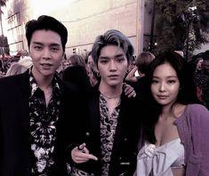 Kpop Couples, Blackpink Video, Couple Aesthetic, Foto Jungkook, Jennie Blackpink, Kpop Boy, Kpop Groups, Taeyong, Jaehyun