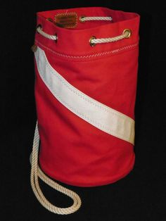 (DM) Divemaster: Divers Ditty Bag / Seabag with Leather Bottom at shipcanvas.com