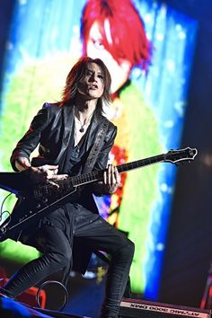 News, rare pictures, gifs, facts and everything related to one of the most awesome bands of metal in the world: X JAPAN. Nu Metal, Heavy Metal, Music Is Life, My Music, Alternative Metal, Extreme Metal, Dir En Grey, Power Metal, Tokyo Fashion