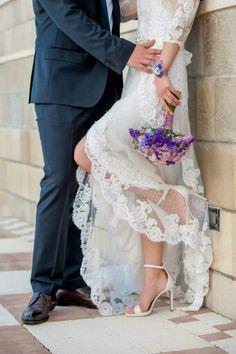 Yaela wedding dress by Pronovias and the most beautiful wedding bouquet...