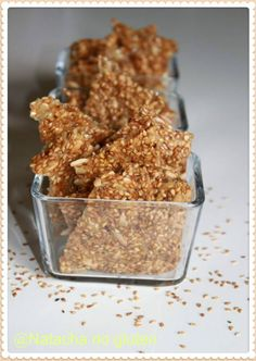 Crackers with gluten-free seeds Healthy Food Alternatives, Easy Healthy Recipes, Raw Food Recipes, Sweet Recipes, Vegetarian Recipes, Sin Gluten, Vegan Gluten Free, Gluten Free Recipes, Tumblr Food