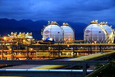 Moody's: #Bolivia refleja fuerte crecimiento y ajuste a la caída de precios del petróleo - #Economía #Crecimiento #Estabilidad