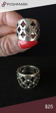 Premier design ring Premier design ring with crystals. No crystals missing  Size 7 Premier Designs Jewelry Rings