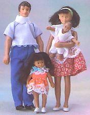 Dollhouse Miniatures 1:12 4pc My Family Spanish Family Doll Set