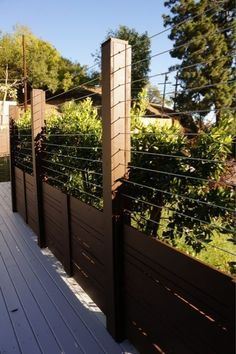 41 Gorgeous Front Fence Design Ideas For Your Front Yard Decor - New homes are always gorgeous, but sometimes the yards seem a little empty and unfinished. One way to enhance curb appeal and add character to any new. Backyard Privacy, Backyard Fences, Garden Fencing, Backyard Landscaping, Bamboo Fencing, Mesh Fencing, Pool Fence, Front Yard Decor, Front Yard Fence