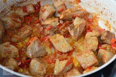 Gulas de porc cu cartofi - CAIETUL CU RETETE Pork