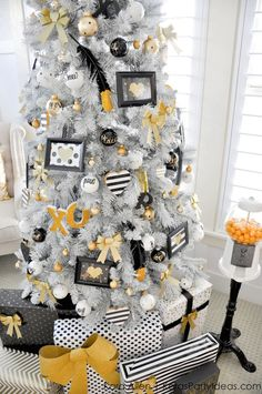Gold, Black and White striped polka dot Modern Holiday Christmas Tree by Kara Allen | KarasPartyIdeas.com for Michaels | Dream Tree Challenge 2014 #MichaelsMakers #TagATree #DreamTreeChallenge (3)